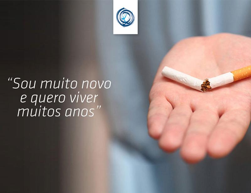 """""""Sou muito novo e quero viver muitos anos"""" – um testemunho sobre deixar de fumar"""